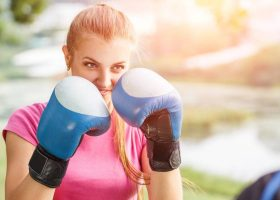 Boxing Glove Weight: A Guide to Choosing the Right Glove Weight to Use